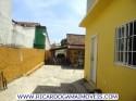 H Quintal Externo Com Duas Quitinetes Area De Banho Garagem Cisterna